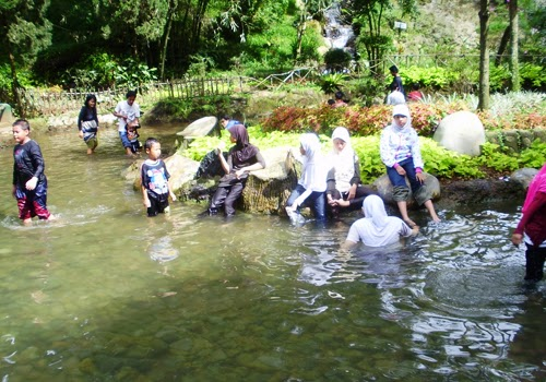 Objek Wisata Air Panas Ciater Subang Jawa Barat