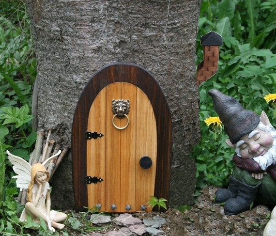Gardening pomona gnome sweet home for Outdoor fairy door