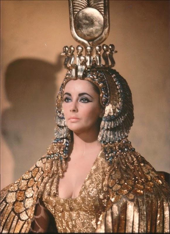 Cleópatra, qual a verdade por detrás do mito? Elizabeth-taylor-in-una-scena-di-cleopatra-10945