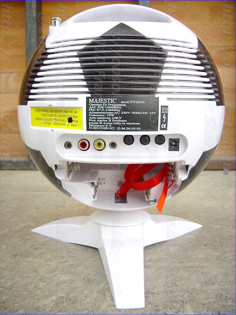 Obsolete Technology Tellye !: MAJESTIC Mod. TV2010 \