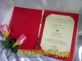 http://www.shidiqweddingcard.com/2013/11/hardcover-harco-sdm-souvenir-buku.html