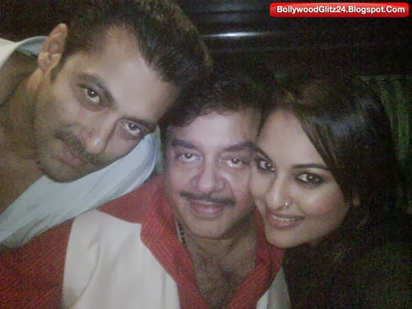 Salman khan With Shatrughan Sinha and Sonakshi Sinha