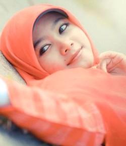 gadis jilbab cantik