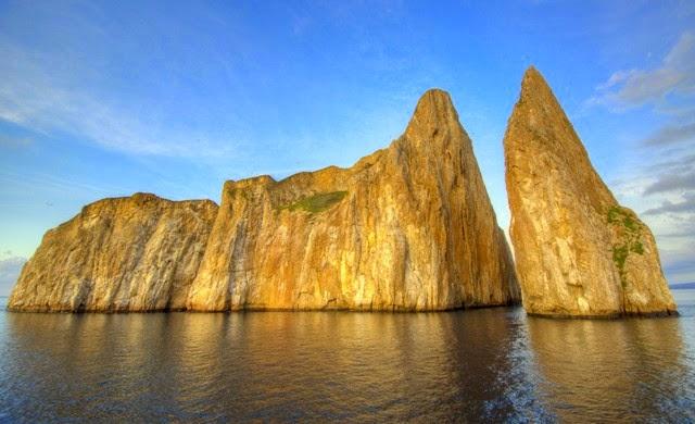 5. Galapagos Islands (Galapagos, Ecuador)