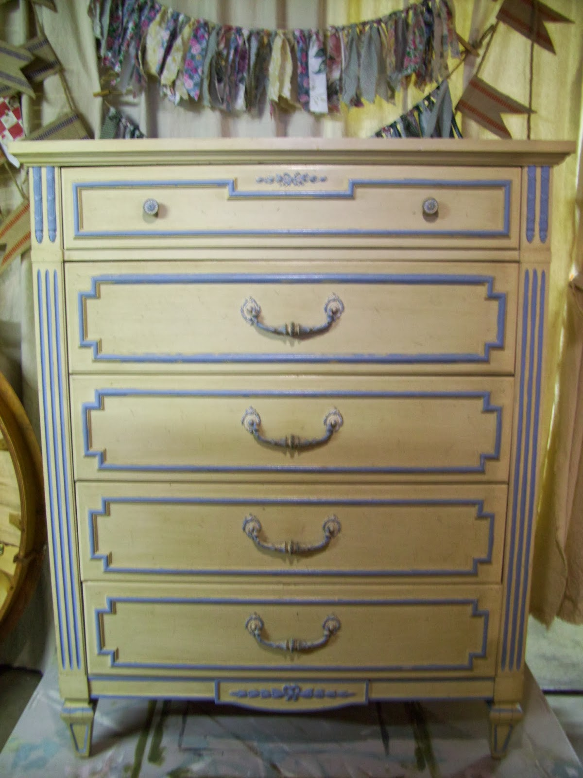 Love when I find vintage Thomasville furniture. - Vintage Goods