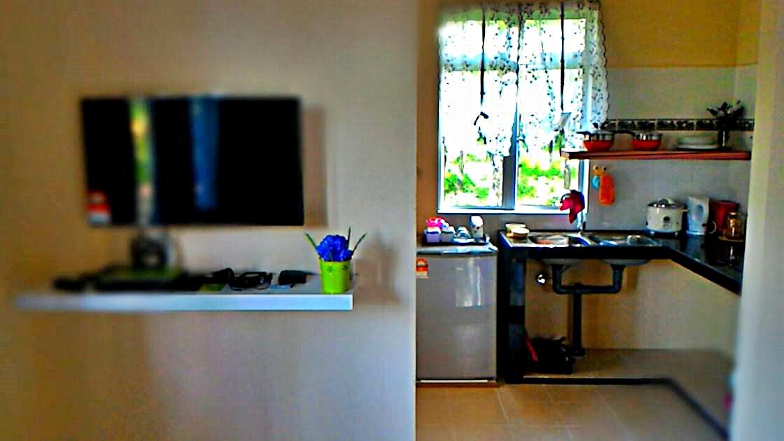 Ruang TV & dapur
