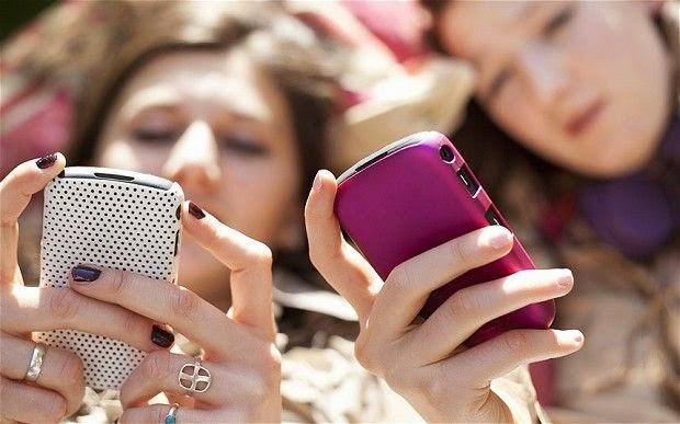 Los tres celulares más rápidos en internet.