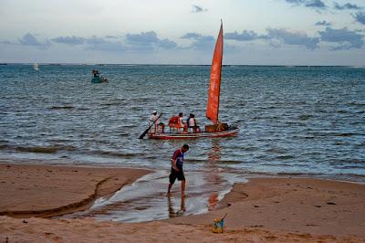 Em Maceió (Alagoas, Brasil), by Guillermo Aldaya / PhotoConversa