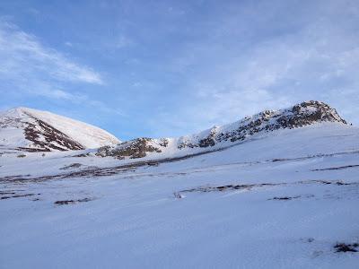Kougarak Road skiing