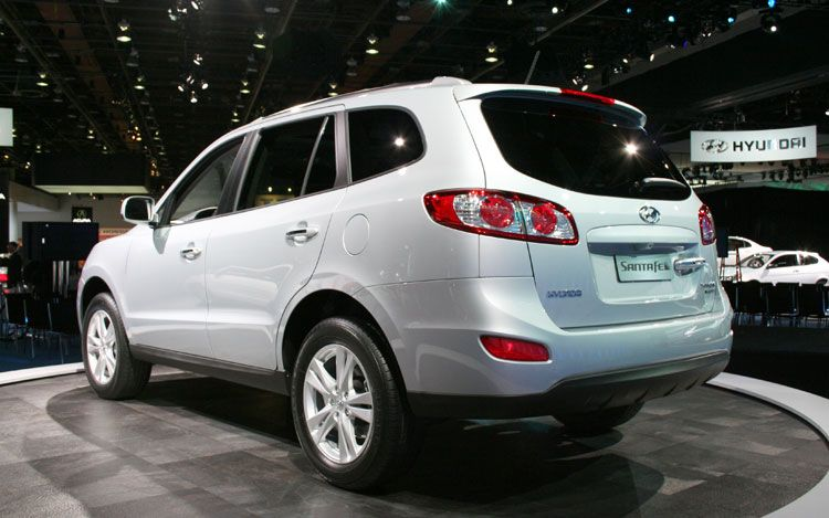 hottest cars of 2011 2012 2011 hyundai santa fe. Black Bedroom Furniture Sets. Home Design Ideas