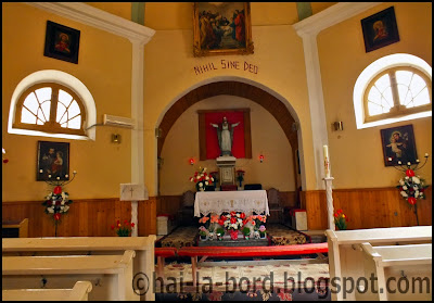 interior biserica romano catolica baile herculane