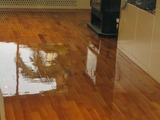 Admy3k c mo recuperar brillo del suelo de madera - Como se limpia el piso parquet ...