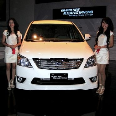 Car Specification: Grand New Kijang Innova Specification