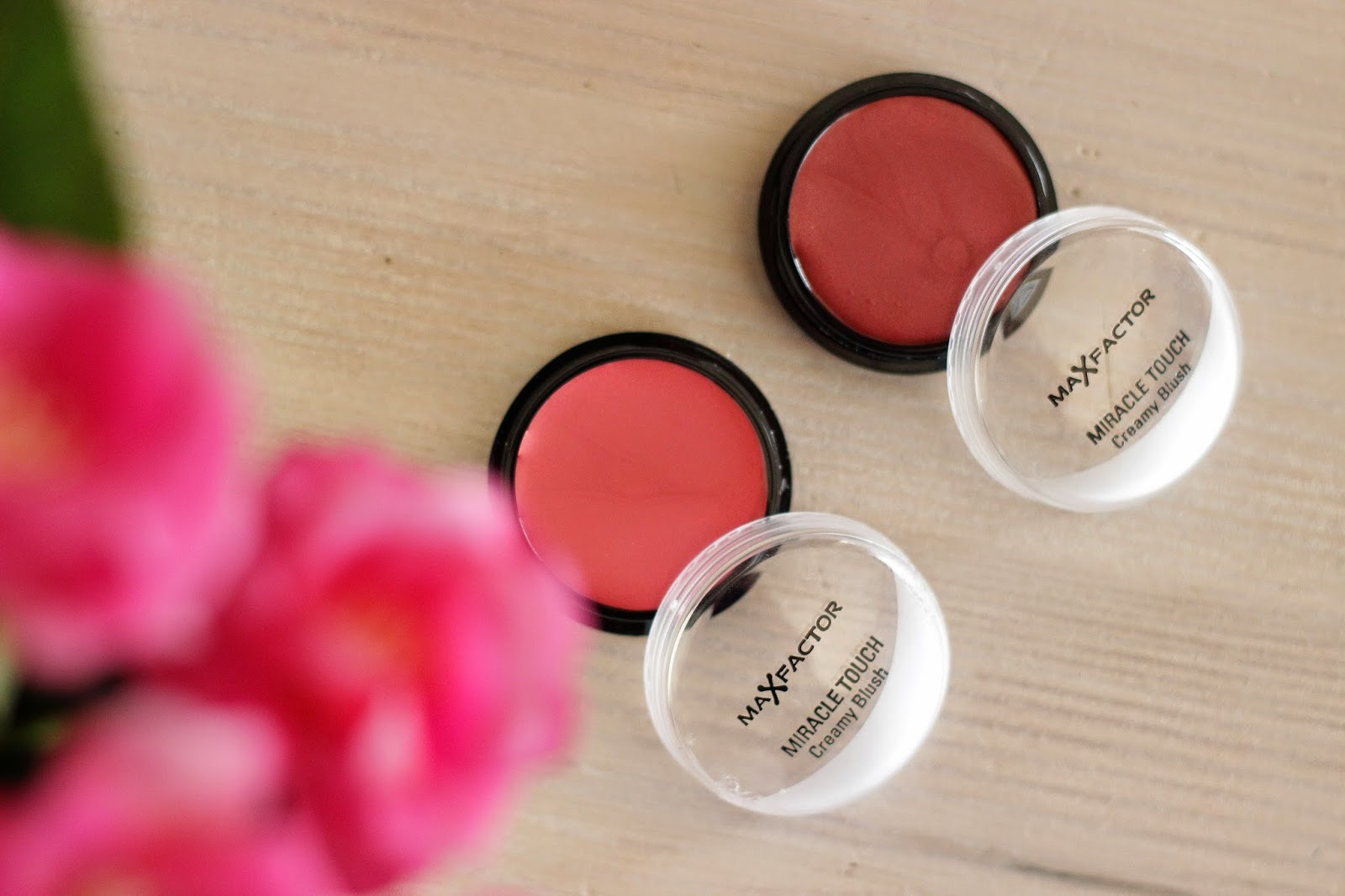 max factor miracle touch creamy blush review, max factor miracle touch creamy blush soft pink soft murano