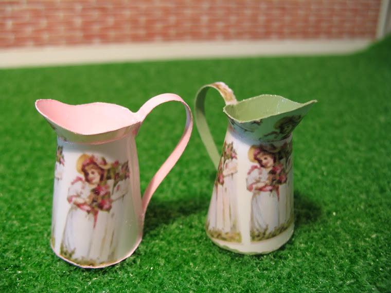 Um Jarro Perfumado / One Scented Bucket  (veja-os na página AROMAS PERFUMADOS / FRAGRANCIES PAGE