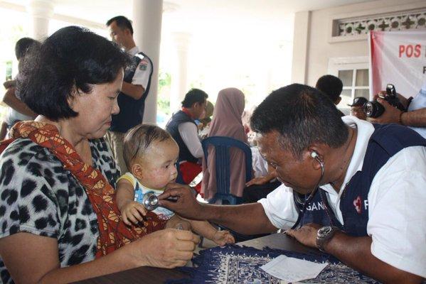 PMI berikan layanan kesehatan utk korban bencana asap di Markas PMI Ogan Ilir
