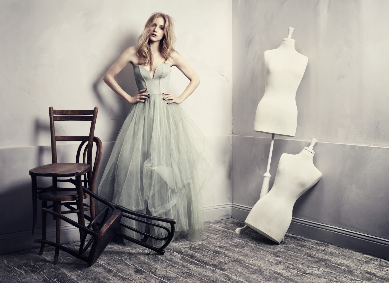 The Hallstand: Green Hollywood Glamour by H&M