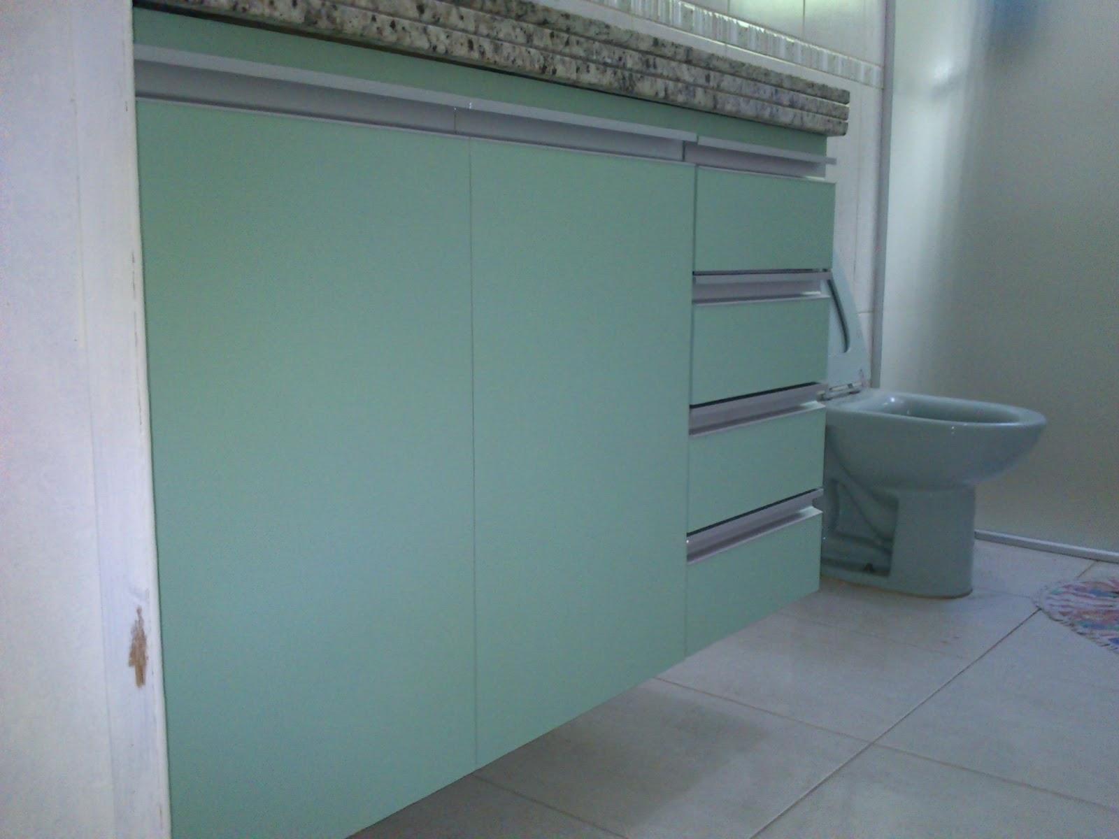 Armário de Banheiro (Padrão Verde) Portas em 18mm Corrediças  #575E74 1600x1200 Armario Banheiro Aluminio