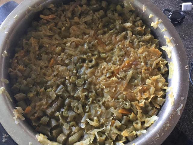 Poricha Kootu (Vegetable and Lentils gravy)Curries & Gravies South Indian