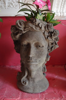 Statue bust