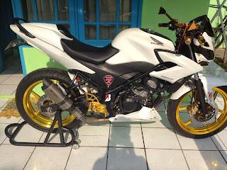 Honda CB150R Smart Minimalis