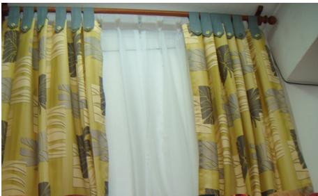 Cortina en garetas con tela tapasol creando tendencias - Barras de cortinas de madera ...