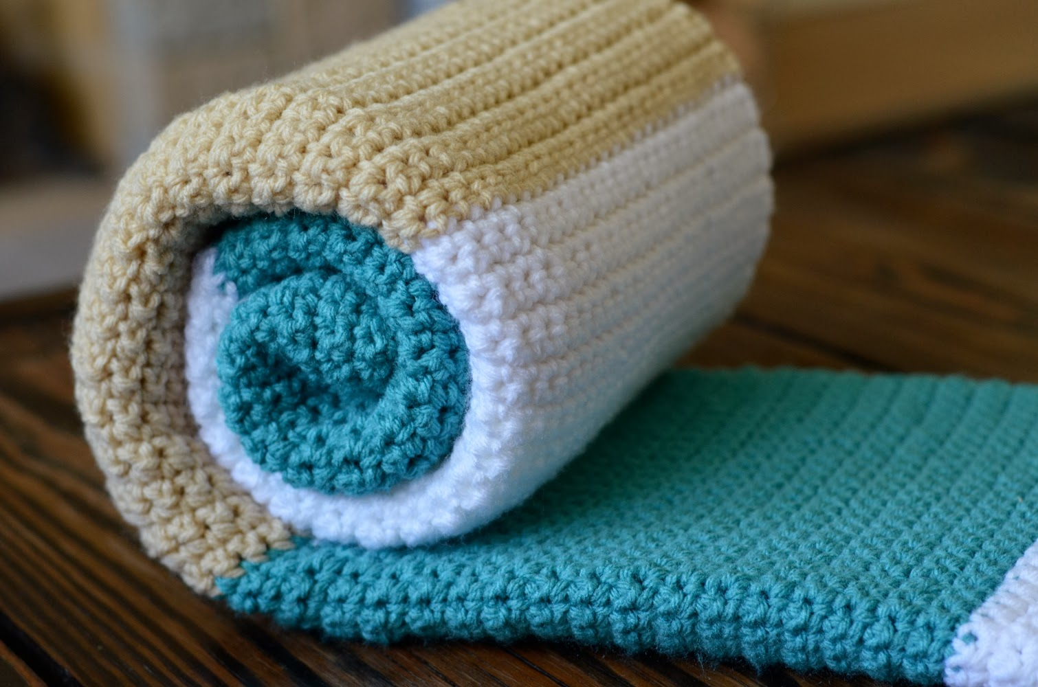 sewing barefoot modern baby blanket - modern baby blanket