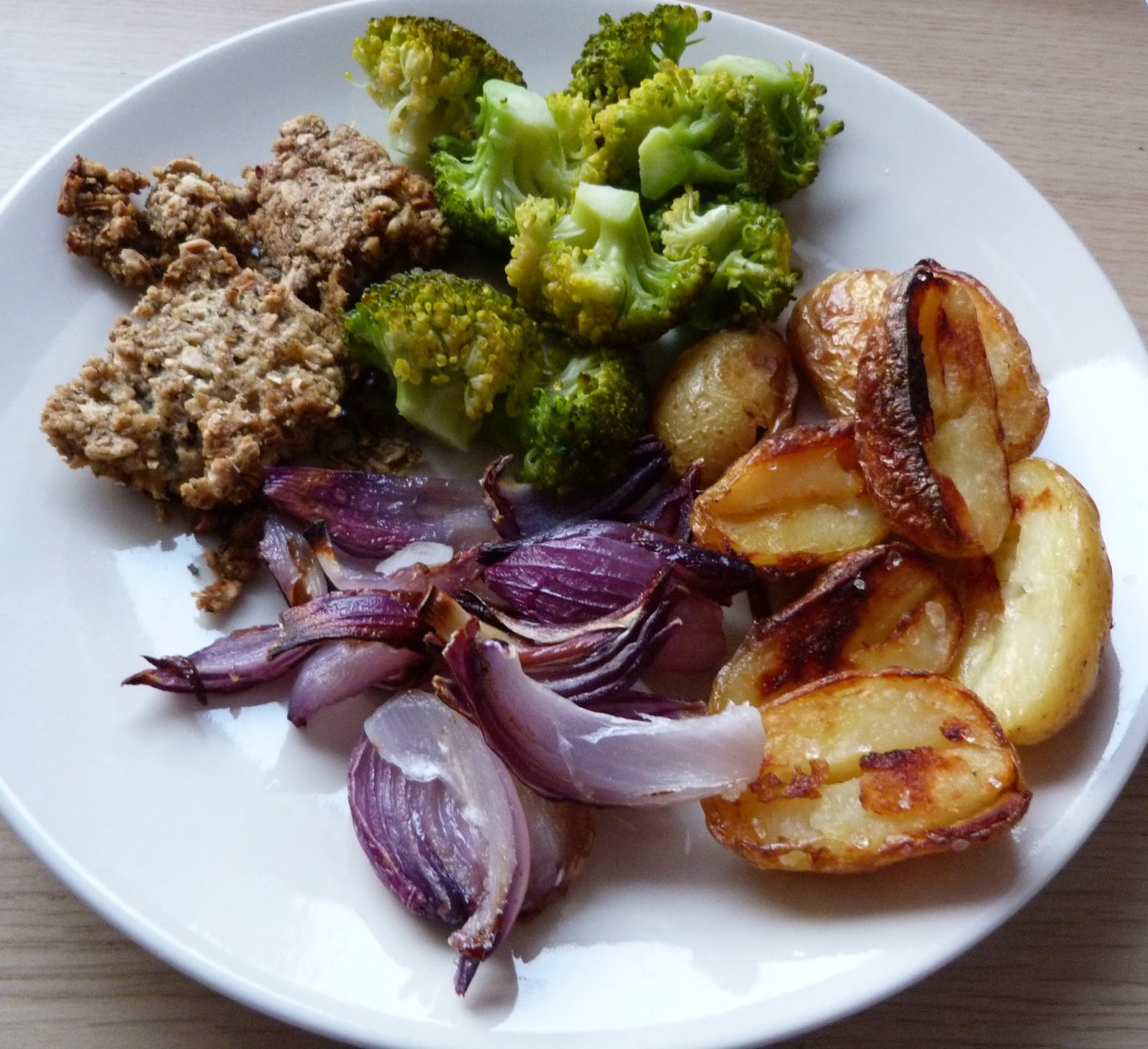 Second hand susie easy cheap vegan mealssta and garlic my vegan version of a sunday dinner roast forumfinder Gallery