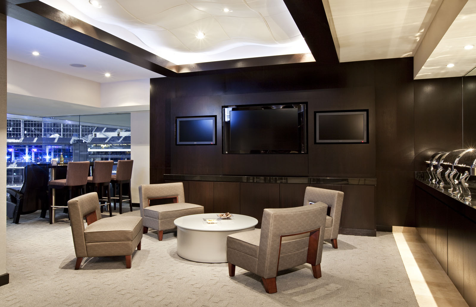 Nfl suites for Mercedes benz superdome parking prices