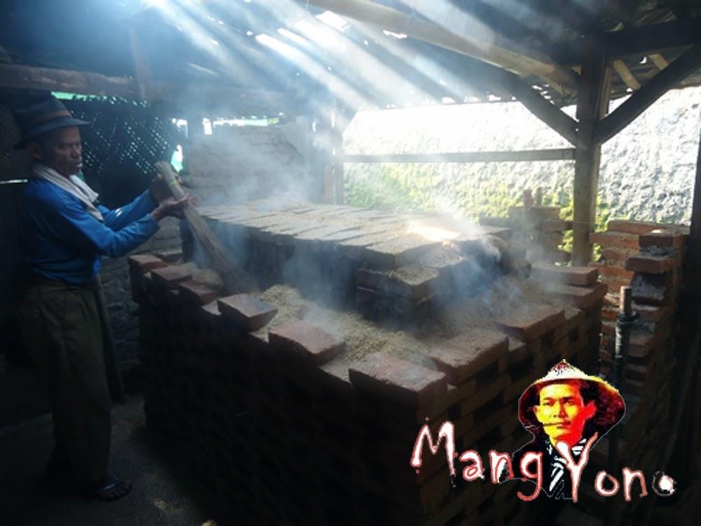 Untuk pembakarannya menggunakan sekam padi / atau kulit padi
