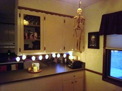 Halloween Decorations - Skeletons
