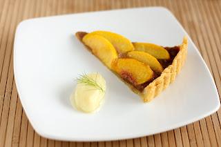 őszibarack mandula karamella tarte torta sütemény süti édesköménygumó édeskömény ánizskapor sorbet fagyi fagylalt