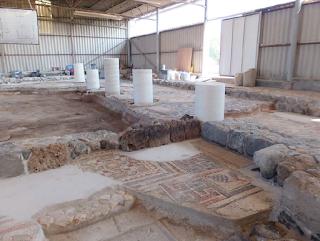 רצפת בית הכנסת - לאחר השיקום