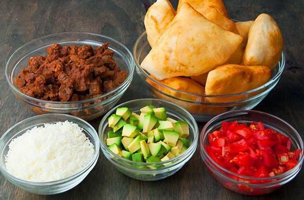 Vietnaese Food - Bánh Tiêu Nhân Bò Lúc Lắc