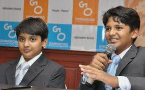 Shravan (10) and Sanjay Kumaran (12)