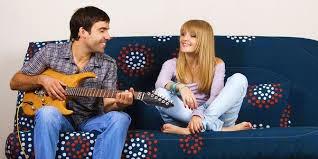 5 Manfaat dari Belajar Bermain Alat Musik
