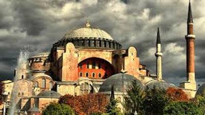 Αποκάλυψη Τούρκου καθηγητή: Κάτω από την Αγία Σοφία έχει θαφτεί χρυσός!!!