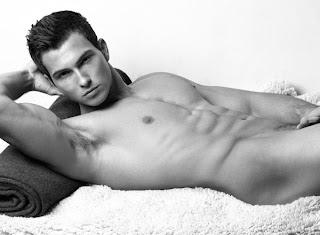 Hombres Guapos Desnudos