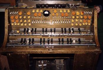 El Konzerttrautonium de 1938, una versión compacta para concierto del Rundfunktrautonium