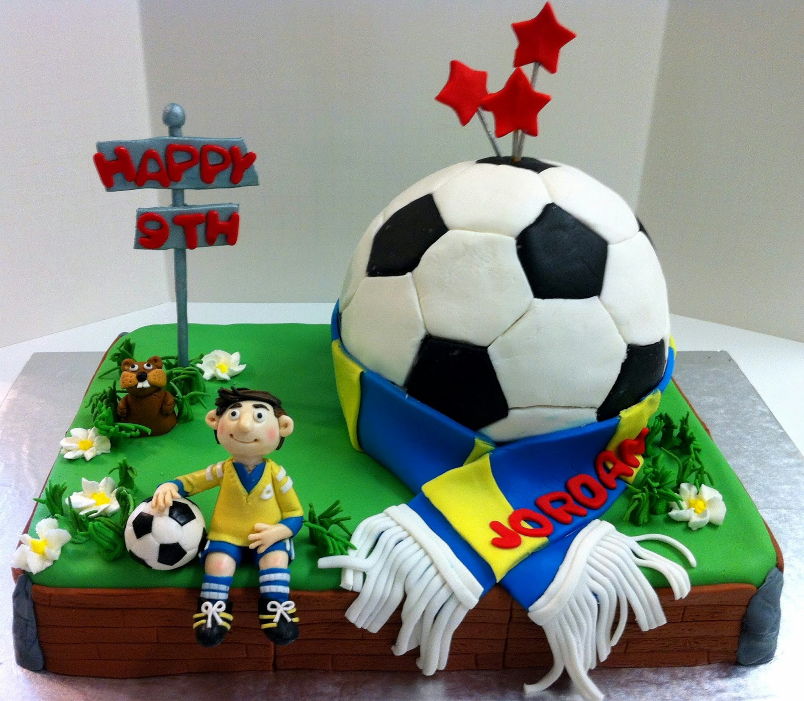 Hogans Sweet Art Soccer Ball Cake