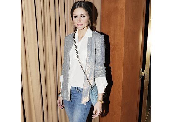 Olivia Palermo chaqueta plateada