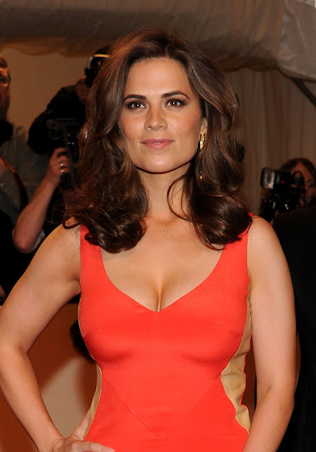 Actress @ Hayley Atwell - Alexander McQueen Savage Beauty Costume Institute Gala