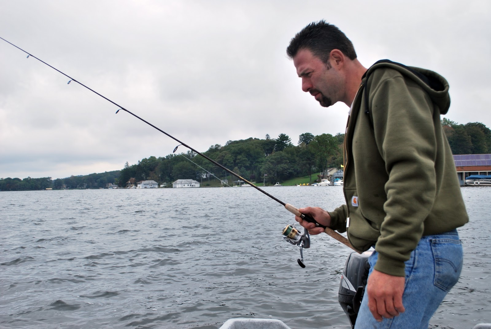 Fishing in new jersey lake hopatcong vertical walleye for Lake hopatcong fishing