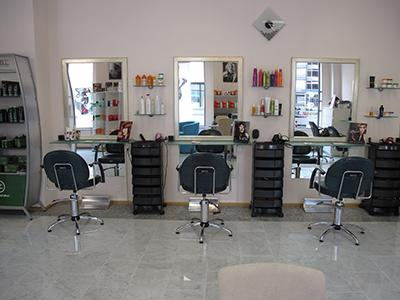 elisadospina: In UK nasce il primo salone parrucchiere per donne oversize