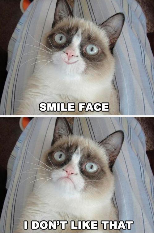 Grumpy Cat: Smile Face
