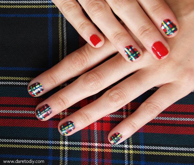 Dare to DIY: Nail Art: Uñas tartán