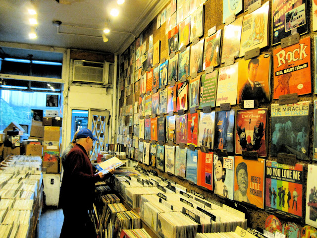 New York City music lovers find a haven at the House of Oldies