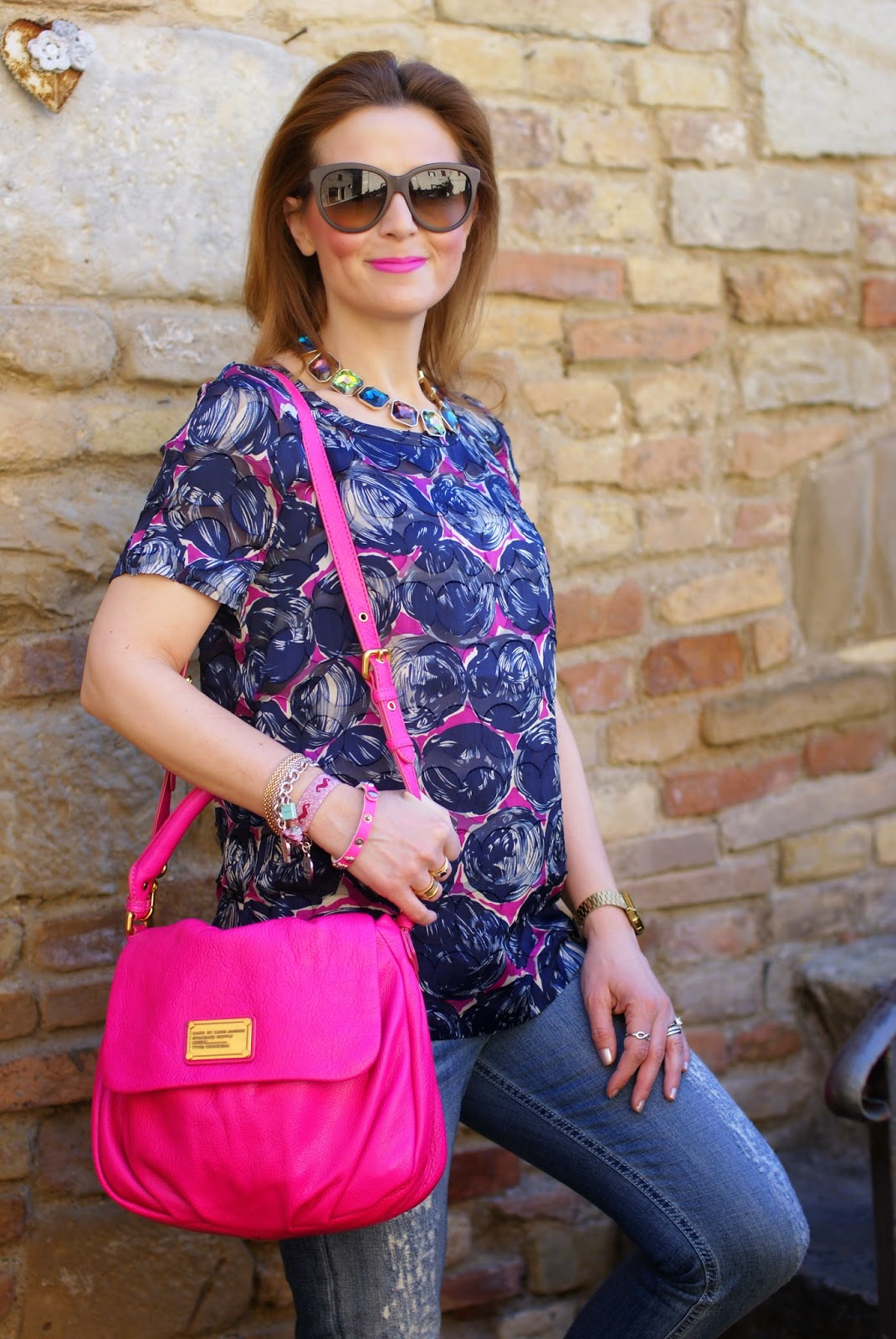 MAC Candy Yum Yum lipstick, Tory Burch blouse, Fashion and Cookies fashion blog, fashion blogger with supercolor
