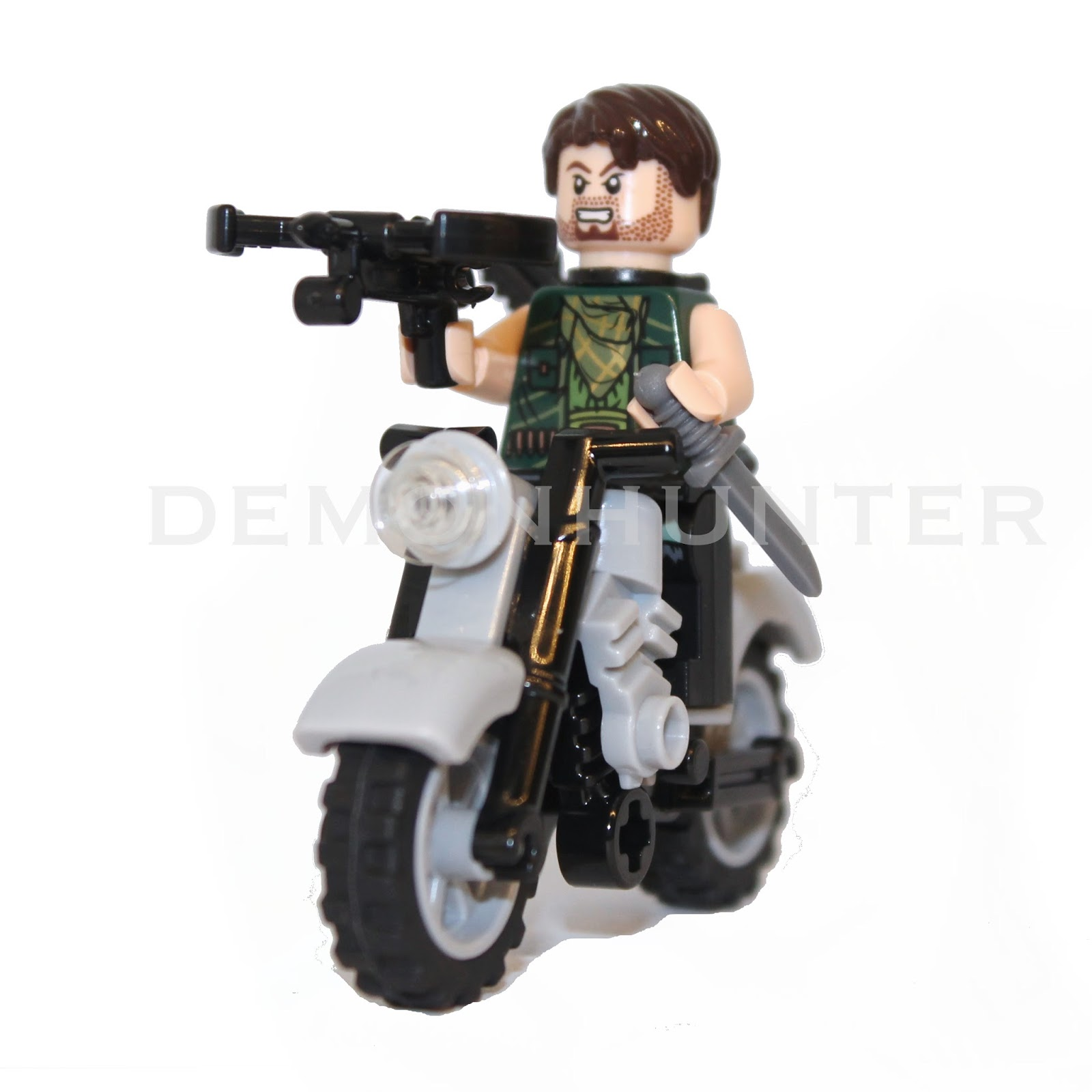 Walking dead lego daryl the walking - Daryl With Motorbike From The Walking Dead Custom Lego Minifigure