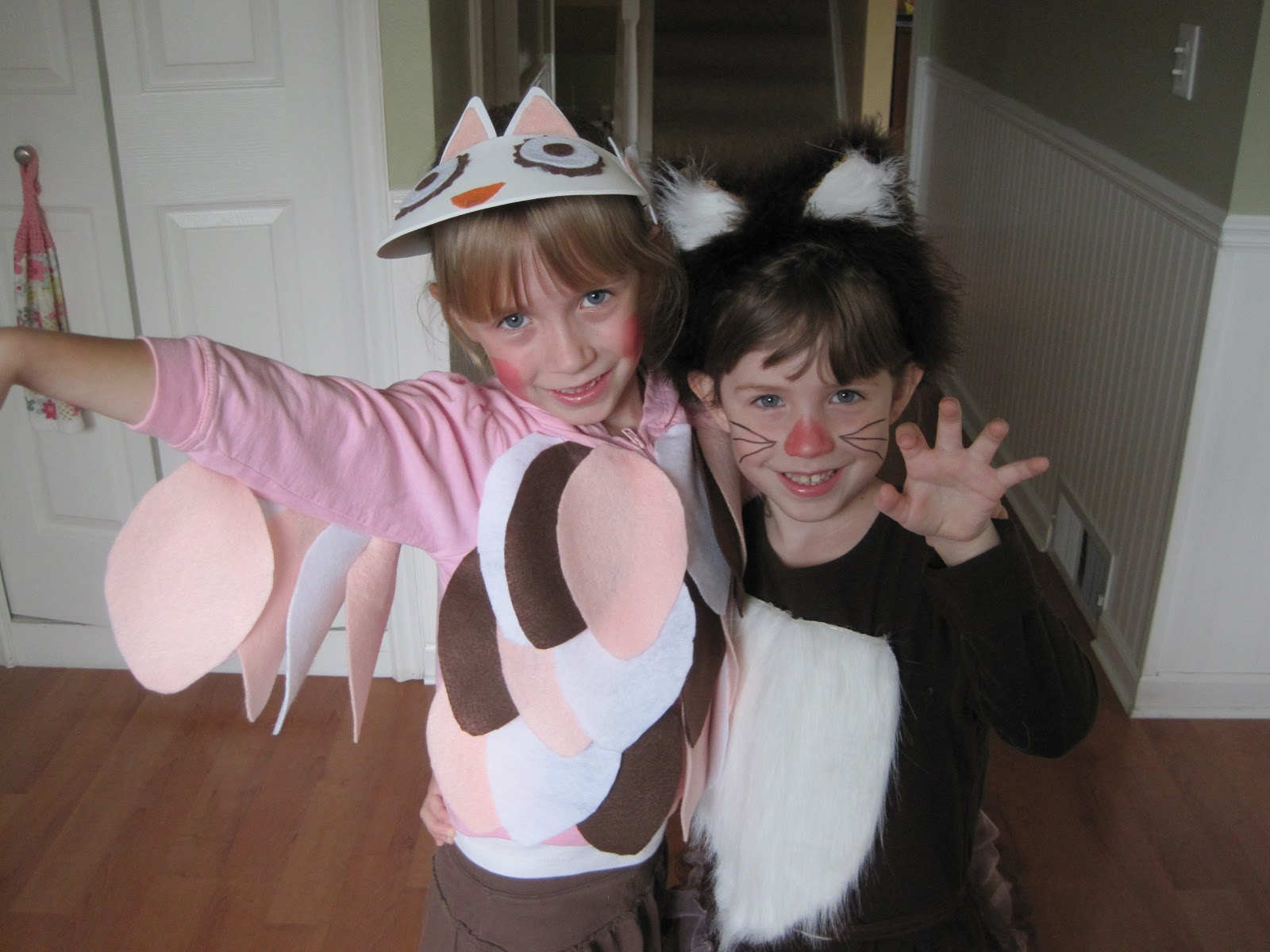 DIY Halloween costumes our Owl and Fox costumes!  sc 1 st  Savvy Spending & Savvy Spending: DIY Halloween costumes: our Owl and Fox costumes!